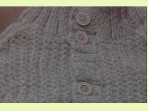 襟元セーター