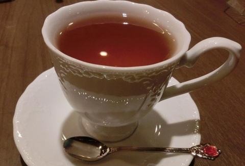 紅茶を一杯